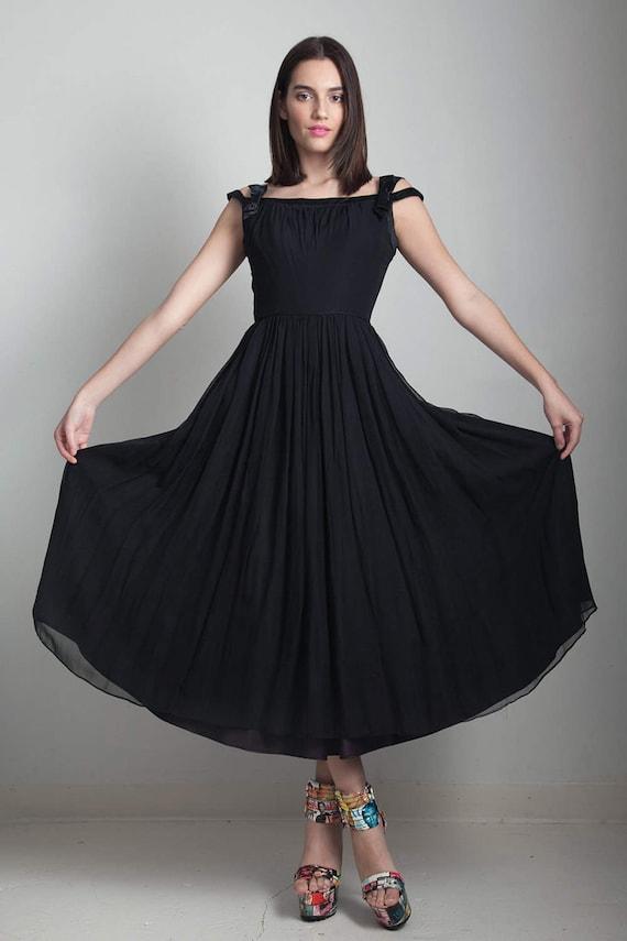 50er Jahre schwarz Partei Kleid flowy Vintage Tee Länge Falten