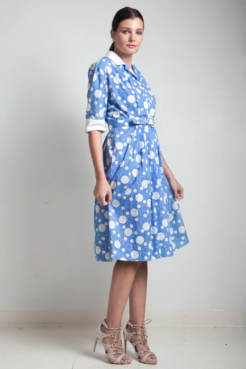 e519ca36e83 70s vintage shirtwaist dress blue white bubble print cotton