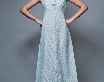 maxi dress eyelet ruffles white blue embroidery vintage 1970's sleeveless M