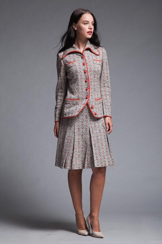 skirt suit Italian wool knit pleated skirt top set