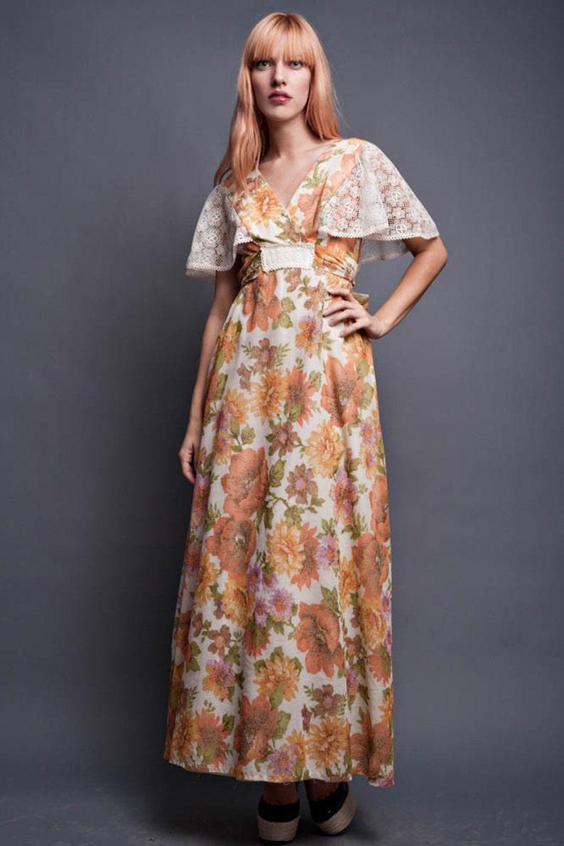 17065d6831b Vintage 70s Maxi Dress Boho Hippie Flowy Floral Lace Cape