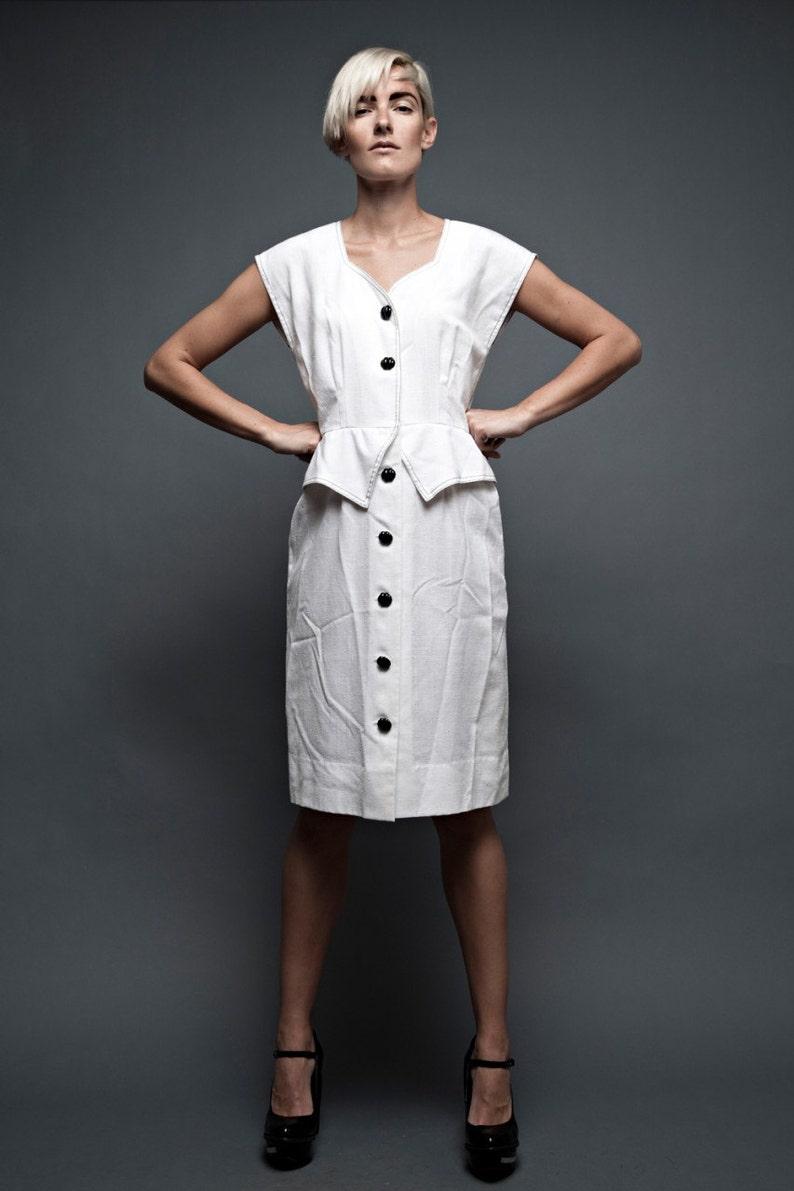 e37aa2a918f Vintage 70s dress white sleeveless peplum contrasting black