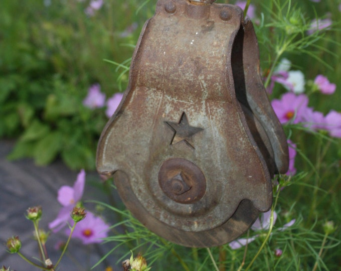 Antique Starline Inc. Wood & Cast Iron Pulley; Old Block + Tackle; Vintage  Rustic Farmhouse Decor