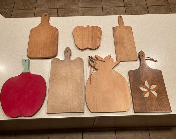 Lot of 7 Different Wooden Breadboards, Cutting Boards, Cheese Boards!