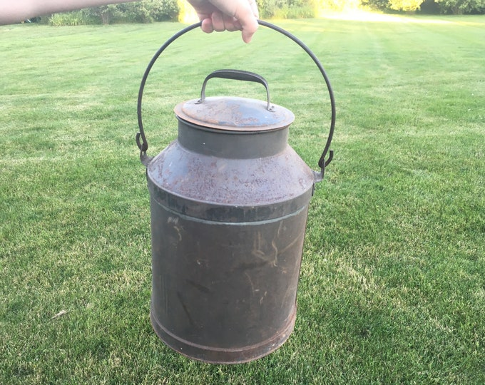 Antique Tin Milk Pail with Swinging Bale Handle; Large Vintage Cream Can
