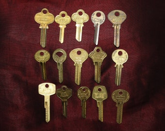 Lot of 15 Vintage NOS 1950s & 60s Uncut Brass Keys; Curtis Industries  Cleveland OH; Old Lock Key Blanks; upcycle, reuse, crafts, jewelry