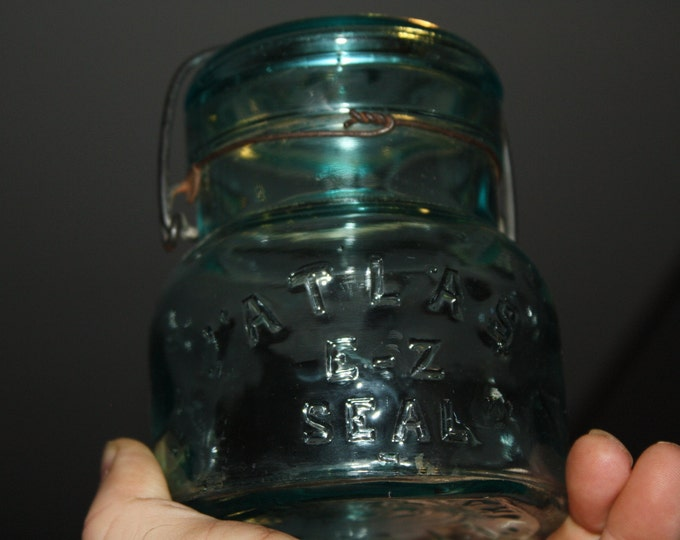 Vintage Atlas E-Z Seal Blue Glass Pint Fruit Canning Jar
