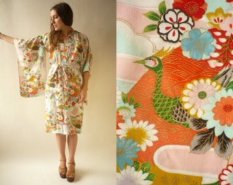 918270f597 1960's Vintage Japanese Novelty Bird & Floral Print Antique Kimono Robe  Duster Jacket Size XS