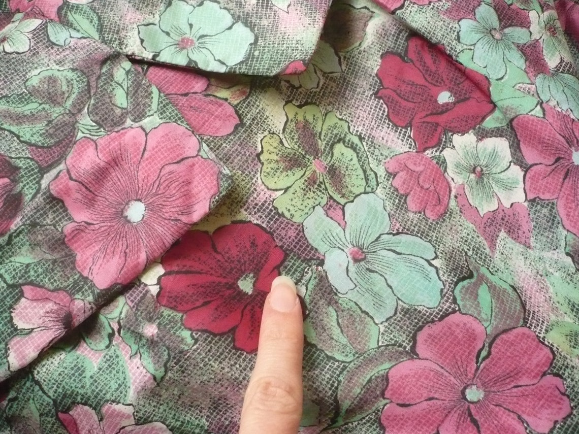 1950's Vintage Green Floral Full Skirted Prom Dress Size