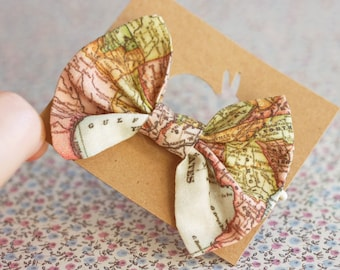 Map Bow elastic holder for hair. Vintage map tie for hair. Bow headband. Ponytail holder, hair elastic, kids hair bows. Baby hair accessory.
