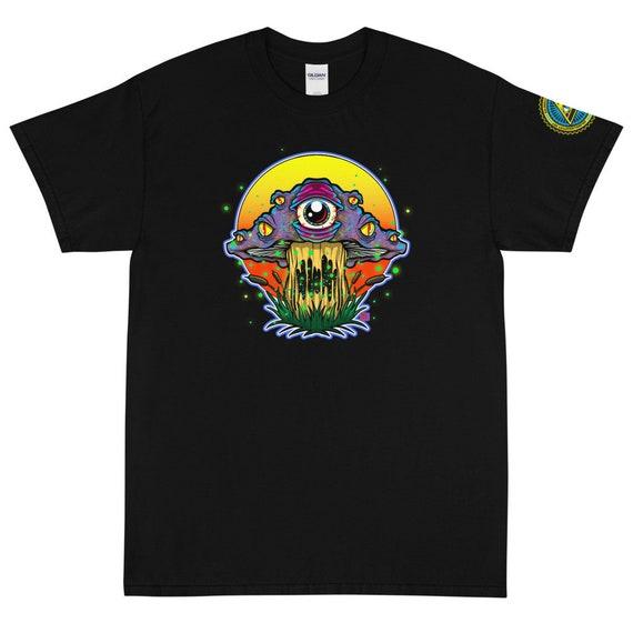 Trippy Mushroom Short Sleeve T-Shirt