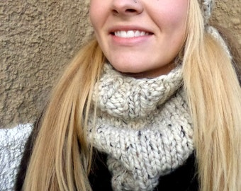 Chunky Over-Sized Cowl, Chunky Ribbed Cowl, Oatmeal Over-sized Cowl, Unisex Chunky Cowl, Chunky, Rib, Knit Cowl, Knit, Unisex, Birdy27