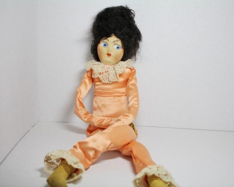 e57eb95a916 Vintage Boudoir Doll Bed Doll Flapper Era Hand Painted Cloth