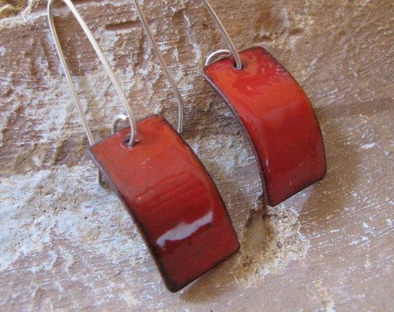 Enameled Curved Earrings RED!