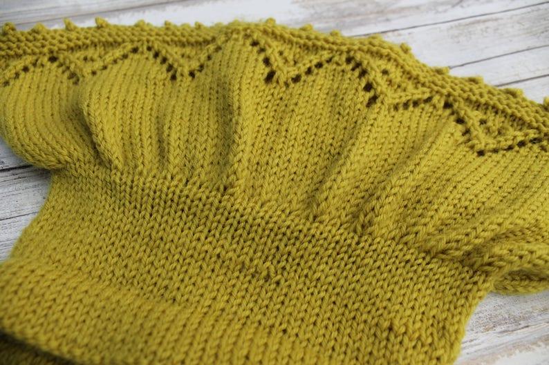 Lace Baby Skirt 9-12 months. Hand Knit Merino Wool Baby Skirt Light Green Baby Girl Skirt