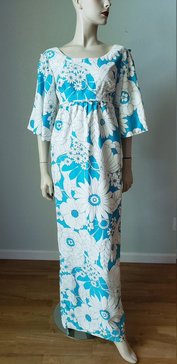 1960s 70s Cotton  Hawaiian Style Gown Dress with S