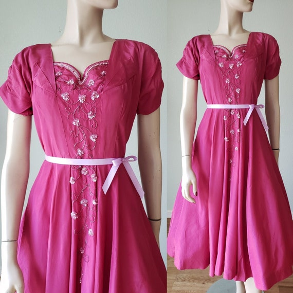 1940s Plum Berry Rayon Taffeta Party Dress / Flow… - image 1