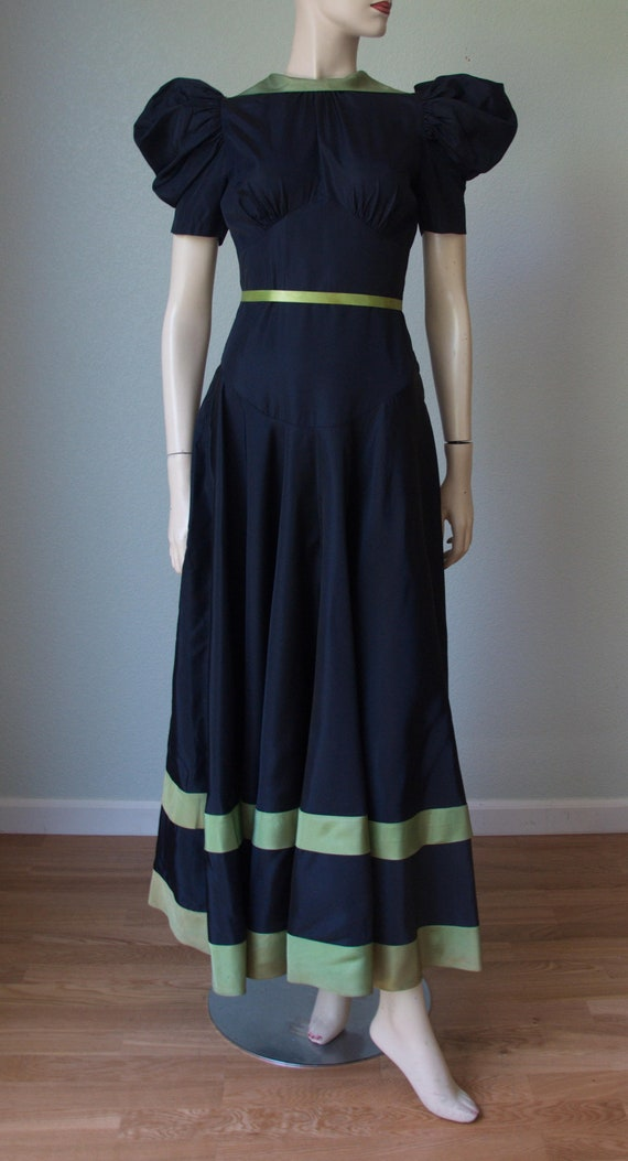 Charming Taffeta 1930s Gown / Sculptural Sleeves and Back | Etsy