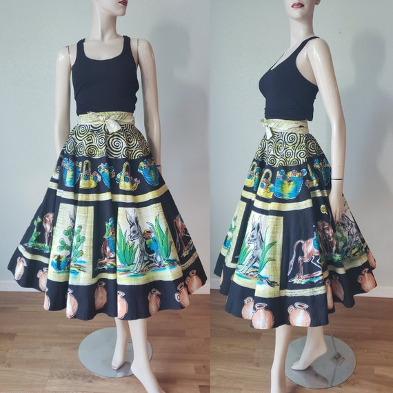 1950s Mexican Novelty Print Circle Skirt / 1950s S