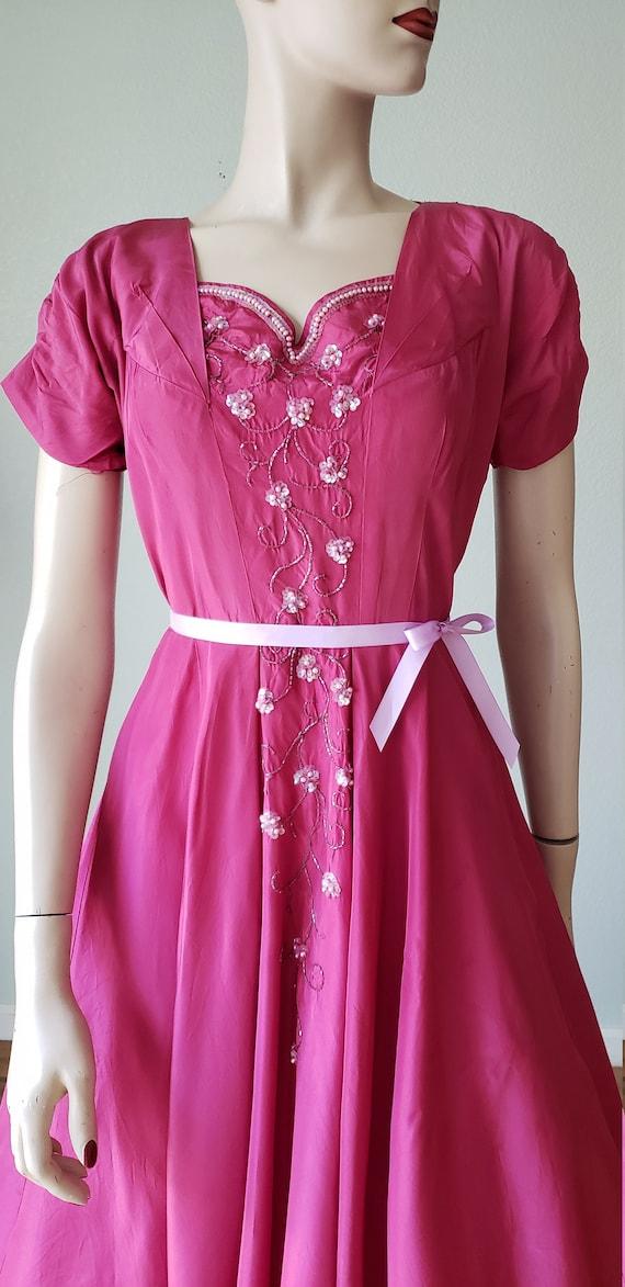 1940s Plum Berry Rayon Taffeta Party Dress / Flow… - image 8