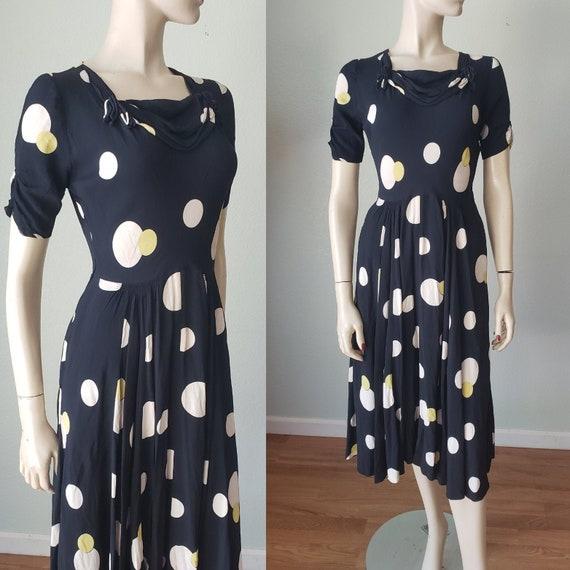 DECO PRINT 1930s-40s Adorable Rayon Crepe Day Dres