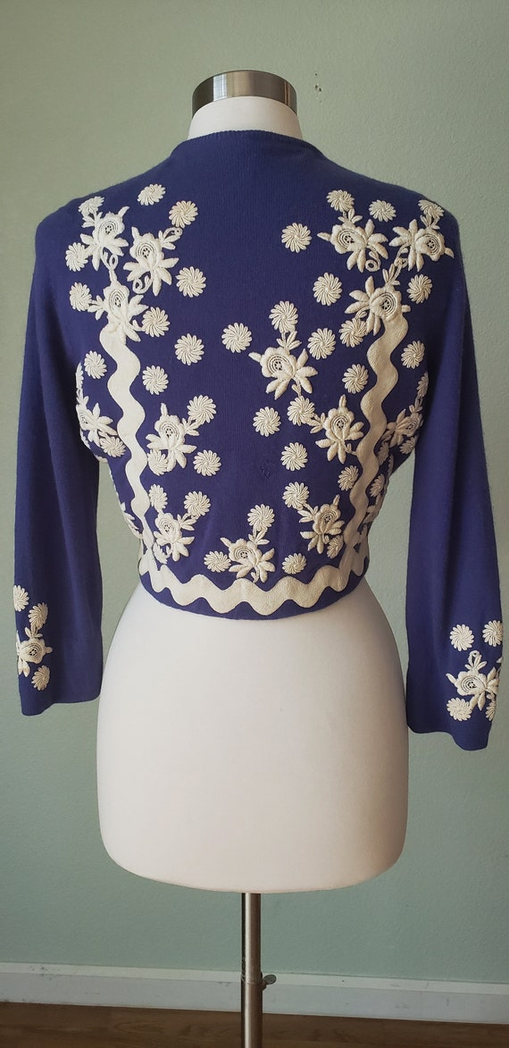 1950s Helen Bond Carruthers Embroidered Cashmere … - image 4