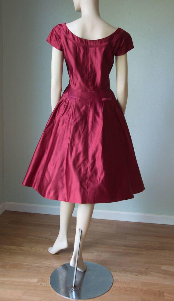 bacca seta rosso 1950s Vintage di di Etsy Couture raso vestito Hqwdawv