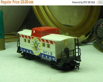 Vintage Locomotive Caboose Train Car Spirit of 76 . Made in Hong Kong