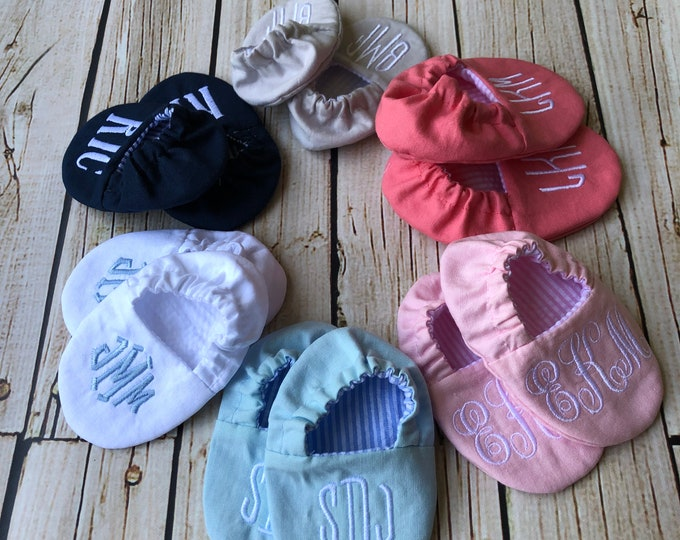 Monogrammed Reversible Infant Crib Shoes - Your Choice of Colors- Baby Boy, Baby Girl, Shower Gift, Welcome Baby, Slippers