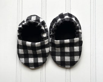 Black Buffalo Plaid Infant Crib Shoes - Baby Boy, Baby Girl, Shower Gift, Welcome Baby, Slippers, Halloween Shoes, Baby Halloween Accessory