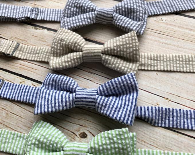 Little Boys Bowtie - Child or Infant - Choice of Seersucker Stripe or Dots - Fall Photos, Wedding, Ringbearer, Dress Up
