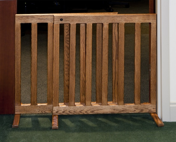 Expandable Gate 28 Inch Tall Oak Or Maple Wood 60 Inch