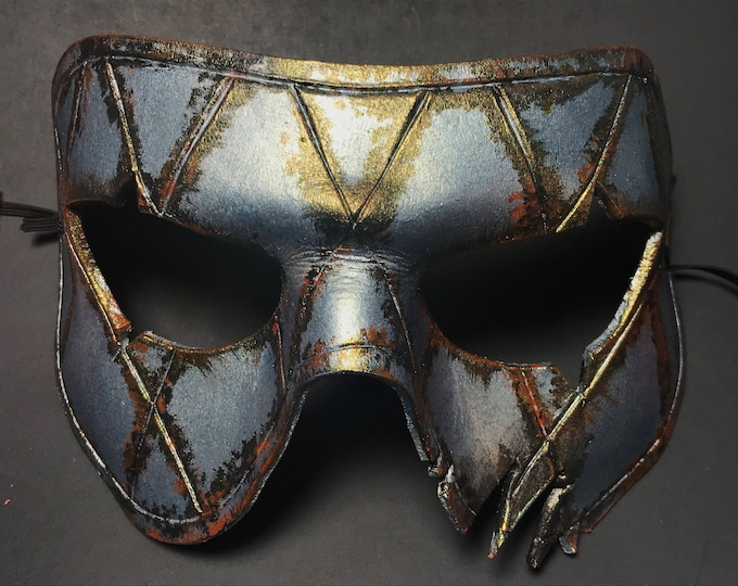 Harlequin Handmade Genuine Leather Mask in Silver Rust