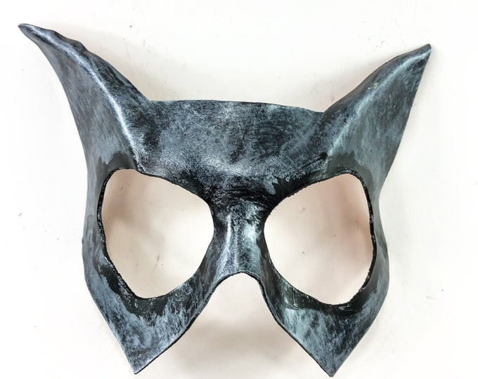 Handmade Genuine Leather Cat  Mask in Silver