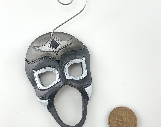 Luchador Miniature Genuine Leather Mask Ornament - Black and Silver