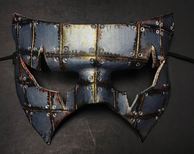 Handmade Genuine Leather Mask in Silver Rust