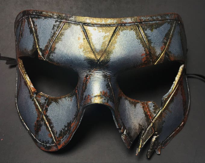 Harlequin Handmade Genuine Leather Mask in Silver Rust
