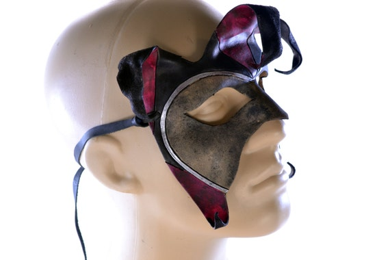 Handmade Genuine Leather Jester Mask in Red and Black
