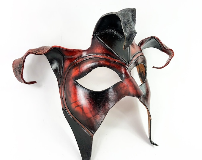 Jester Handmade Genuine Leather Mask in Brown