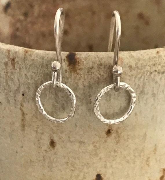 Mini circle earring, mini hoops, small silver earrings, small earrings, simple hoops, fine silver, gift for her, dmalia