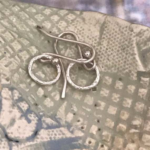 Mini circle earring, mini hoops, small silver earrings, dainty earrings, simple hoops, fine silver, dmalia