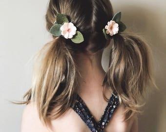 Pigtail Set Blush Daisy Flowers, Felt Flowers, giddyupandgrow