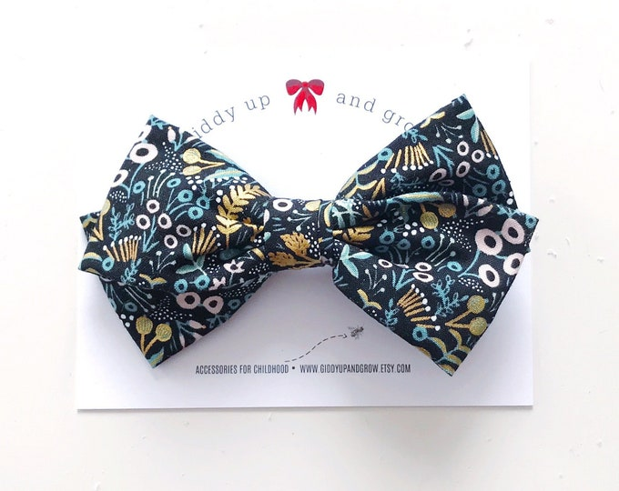 Oversize Christmas Bow in Black Floral, Soldier, giddyupandgrow