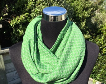 Green & grey checkerboard pattern merino infinity scarf, lime green neckwarmer, lime merino cowl, green wool scarf, travel scarf
