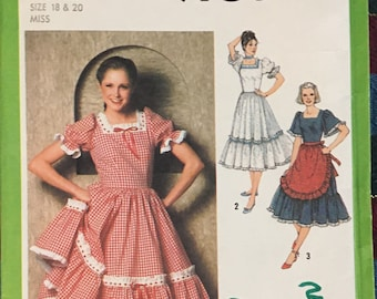 Simplicity Costumes for Adults Sexy French Maid Pirate Nurse Dancer Carhop Size 14=16-19-20 Complete