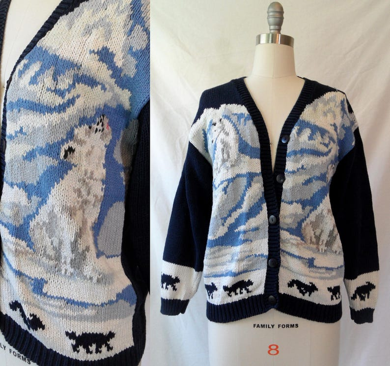 90s Hand Knit Blue and White Howling Arctic White Wolf Cardigan Sweater size Medium