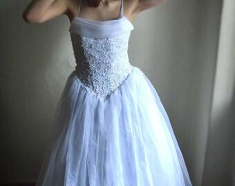 SUPER SALE - Vintage wedding dress Full skirt Bead embroidered top, tulle Full Skirt bridal Princess dress size S M, medieval waistline