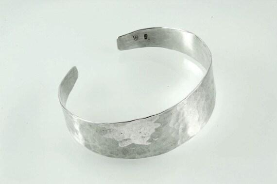 Minimalist jewellery Minimal silver bracelet Sterling silver hammered wave bangle Simple modern jewellery contemporary bracelet