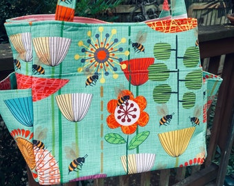Katrina#2143SF, Bee and Flower Project Tote, Garden Self Standing Knitting Bag, Bee Lovers Tote, Large Project Bag With Pockets,Knitting Bag