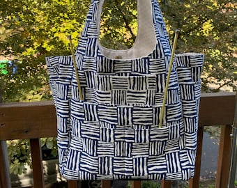 Priscilla#2195, Navy Blue and White Project Tote With 11 Pockets, Self Standing Knitting Project Bag,Large Tote for Yarn Storage and Needles
